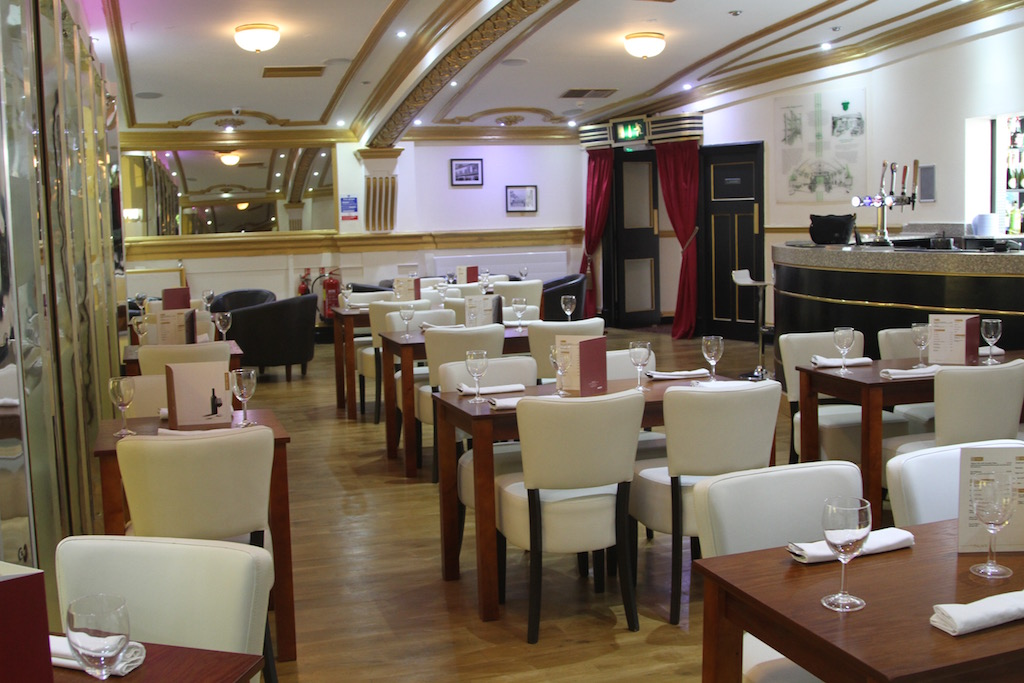 Indian and nepalese restaurant in aldershot the palace
